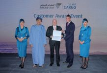 "Oman Air Cargo Awards Jettainer for ""Best Service"""