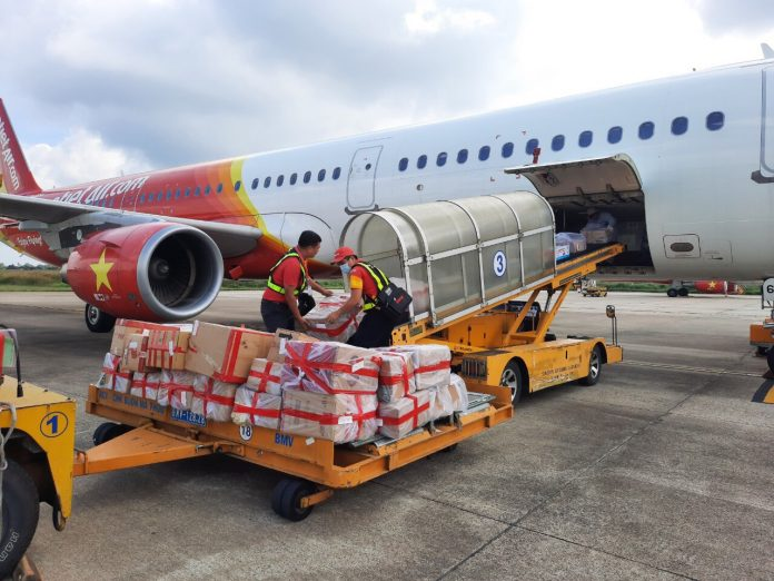 Vietjet and UPS Join Hands for Global Cargo Transportation from Asia