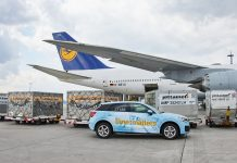 Lufthansa Transports Relief Goods to India